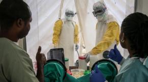 médecins Ebola