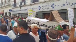 Vidéos. Algérie. 24è vendredi: les manifestants appellent désormais à la désobéissance civile