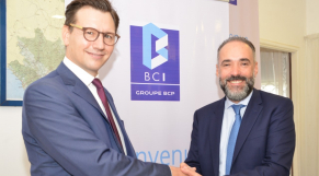 De g à d: Boris Joseph, DG BPCE International et Kamal Mokdad, DG de la BCP et de l'International