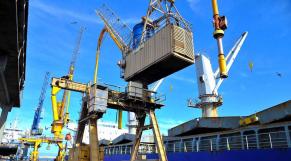 Algérie: l'effondrement des exportations aggrave le déficit commercial