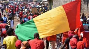 Guinée: Jean-Luc Mélenchon s'invite aux manifestations à sa manière