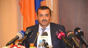 Algérie: face à la crise, le gouvernement choisit la politique de l'autruche