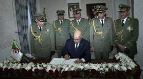 Abdelmadjid Tebboune et généraux