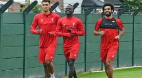 Sadio Mané et Mohamed Salah au centre d'entrainement de Liverpool.