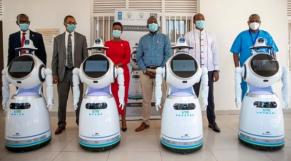 Coronavirus: le Rwanda déploie des robots médicaux pour protéger et assister le personnel soignant