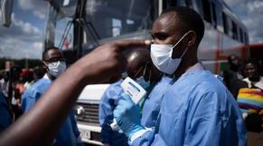 Coronavirus: le Rwanda déconfine partiellement
