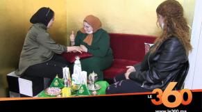 Cover_Vidéo: غياب الأعراس والمناسبات يؤزم نقّاشات الحناء بأكادير
