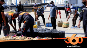 Cover_Vidéo: البحرية الملكية والدرك البحري يحجزان طن من الحشيش بمغارة هرقل