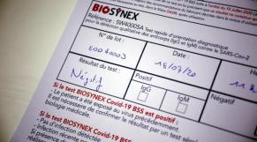 France: de faux tests négatifs de Covid-19 vendus à des voyageurs à destination du Sénégal