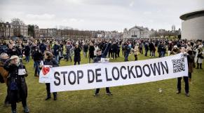 Amsterdam - Manifestation anti-couvre-feu - Covid-19 - Coronavirus - Pays-bas