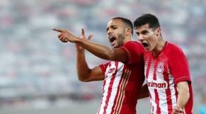 Youssef El Arabi (à gauche), face à l'AEK Athènes, le dimanche 4 janvier