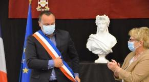 Francisque Vigouroux, président de l'Union des maires de l'Essonne (région Île-de-France).