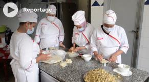 cover vidéo نساء يحاربن البطالة بالطبخ والحلويات بدرب مولاي الشريف