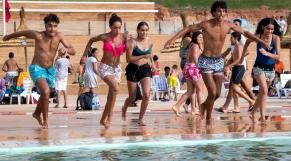 Chaleur - Canicule - Vague de chaleur - Grande piscine de Rabat - Baigneurs - Rafraîchissement
