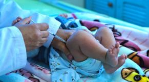 Vaccination infantile - Nourrisson vacciné - Vaccins