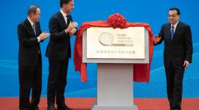 Ban Ki-Moon - Ex secrétaire général de l ONU - Mark Rutte Premier ministre Pays-Bas - Li Keqiang Premier ministre Chine - Pékin - Global Centre mondial pour l adaptation - Inauguration - Changements climatiques - Environnement