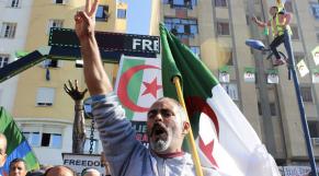 Vidéos. Algérie: vague d'arrestations chez les militants du Hirak en Kabylie, selon Amnesty International