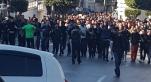 Vidéo. Algérie: les manifestants veulent marcher sur le siège de la présidence