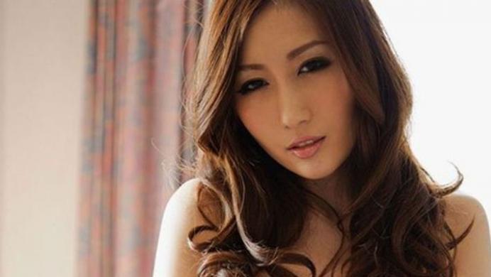 Chine. Une nuit avec une actrice porno pour lemployé de l