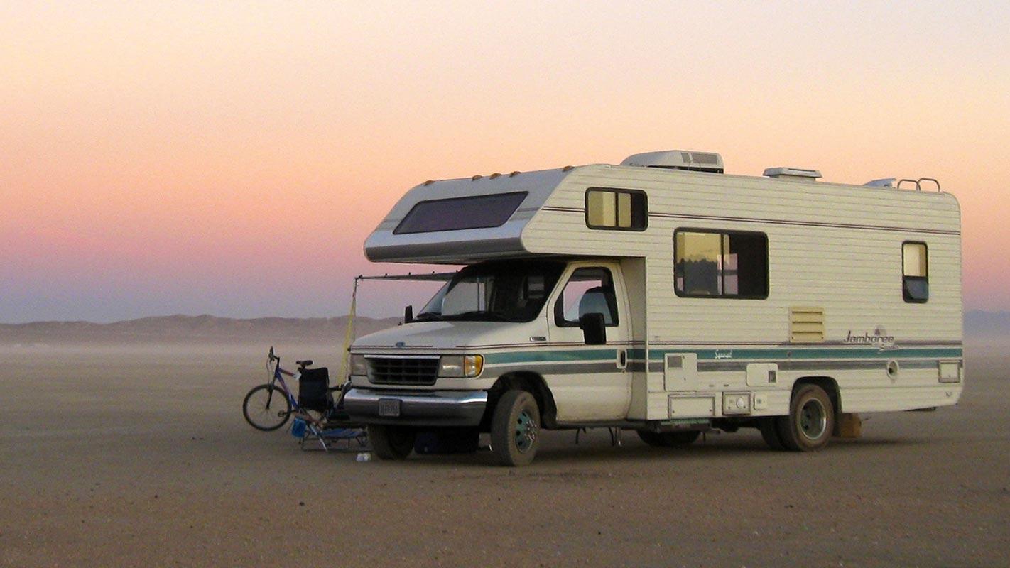 Bons plans louer un camping car pour d couvrir le maroc autrement - Garage a louer pour camping car ...