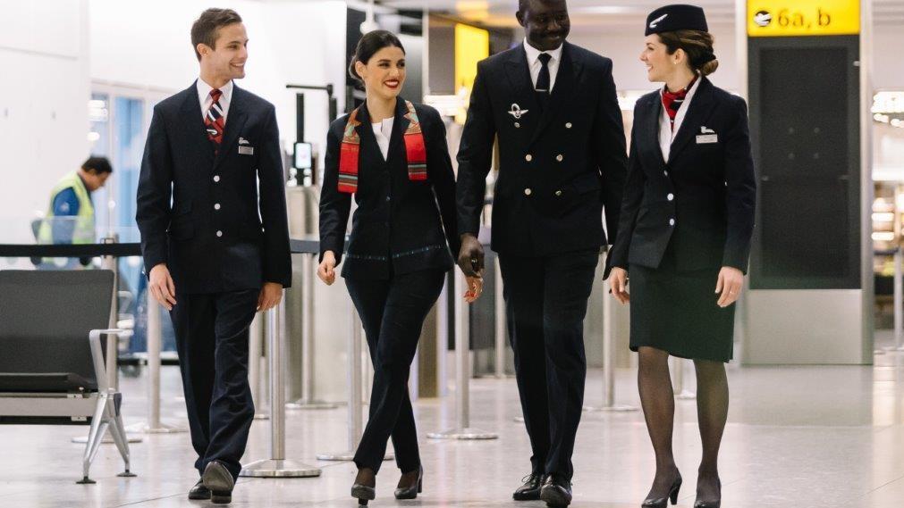 Envie De Devenir Hotesse De L Air Steward Emirates Recrute Au