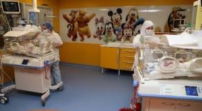 Casablanca - Nonuplés - Naissance 9 nouveaux-nés - Clinique Aïn Borja - Maroc - Mali