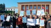 femmes parlement manifestation