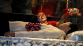 l'ex-dictateur Marcos enterré en héros