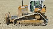 Bulldozer en panne: Algérie à la recherche de 4 milliards de dollars désespérément