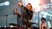 "Cover Video -Le360.ma •بالفيديو. الداودية ""محيحة"" بتفراوت والآلاف يتفاعلون مع أغانيها"