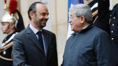 Algérie: La jeunesse de Macron renvoie une cruelle image à un régime sénile