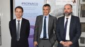 De gauche à droite: M. Grégory Clémente, Directeur Général de Proparco, Youssef Bencheqroun , Directeur Général Al Amana et M. Kamal Mokdad Directeur Général de la BCP.