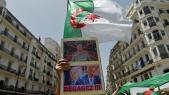 """Des pancartes contre Gaïd Salah et les """"2B"""", le vendredi 7 juin à Alger."""