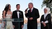 Vidéo. Erdogan témoin de mariage d'Özil