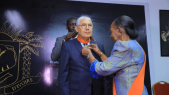 Lors de la cérémonie de décoration du PDG du groupe Attijariwafa bank à Abidjan, le lundi 22 juillet 2019