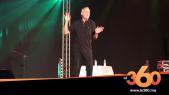 Cover_Vidéo: Le360.ma •الكوميدي السيكتور يدعو من السعيدية سلطات الجزائر إلى فتح الحدود مع المغرب
