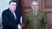 le chef du gouvernement d'union, Fayez Al-Sarraj, et son rival, le maréchal Khalifa Haftar, homme fort de l'est du pays