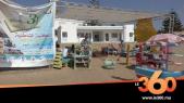 "cover: شباب ينشئون مكتبة مفتوحة داخل شاطئ ""سابليط"" بالمحمدية"