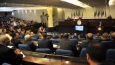 Algérie: accusé d'être corrompu, le Parlement vote la nouvelle constitution