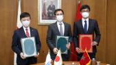 Lors de la cérémonie de signature de l'accord de prête japonais, pour un montant de 200 millions de dollars, mercredi 2 décembre 2020 à Rabat
