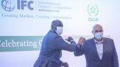 Lors de la signature de l'accord de financement entre le groupe OCP et la SFI