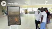 """Vidéo. """"Les racines de l'espoir"""": l'exposition itinérante de Georges Mbourou s'invite dans les universités gabonaises"""