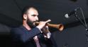 OTHMAN EL KHELOUFI,scénographe,metteur en scène,chanteur et saxophoniste.