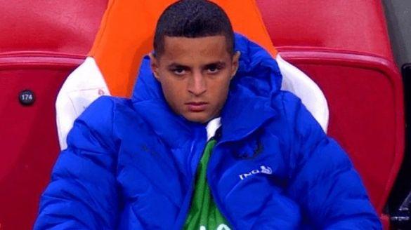 Mohamed Ihattaren en colère sur le banc des Oranjes.