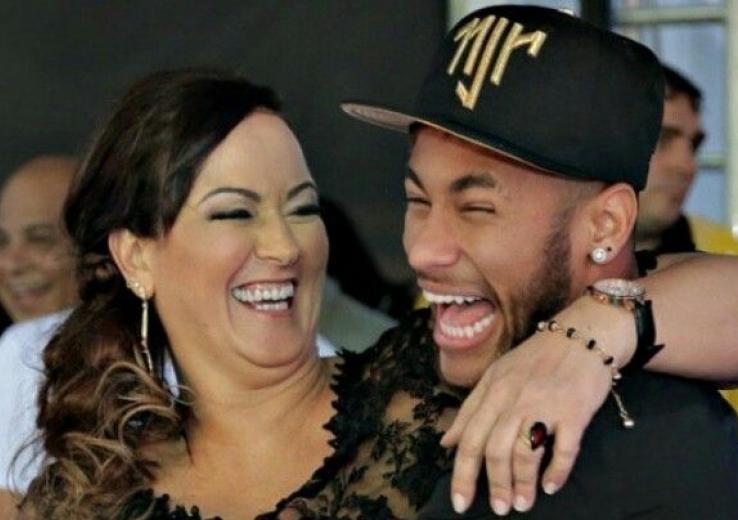 Neymar: accusé de viol, voici ce que sa mère lui demande de faire